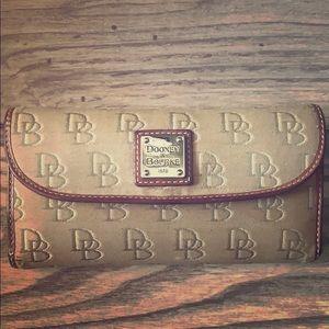 DOONEY & BOURKE Tan Wallet